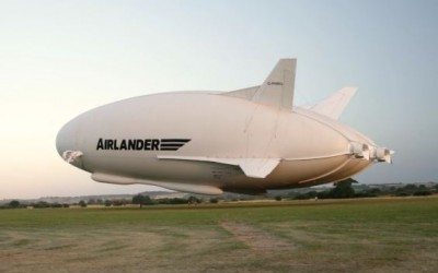 Airlanders First Flight